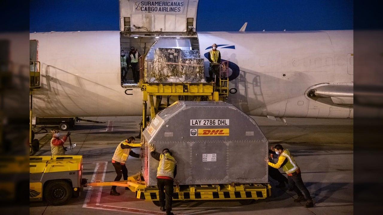 Nuevo lote con 100.000 vacunas Pfizer llegó a Colombia