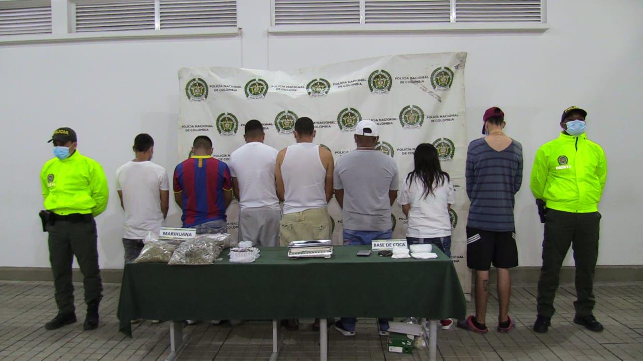 """Capturan a """"Los Tequilas"""", banda de microtráfico que trabajaba en la comuna 8 de Cali"""