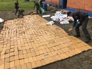 mas-de-tonelada-media-cocaina-almacenada-jamundi-08-04-2021-6