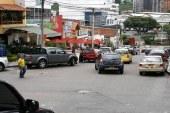 Dictan medidas cautelares para 18 vehículos por obstruir las vías públicas