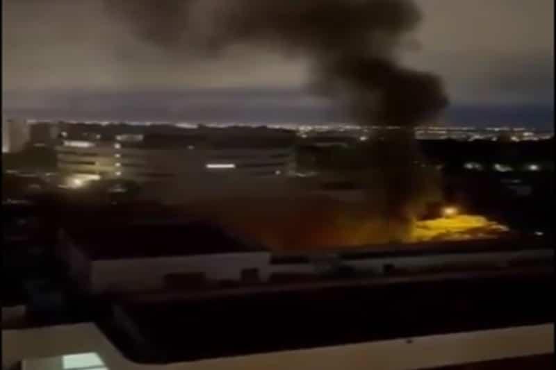 Incendio en centro comercial Holguines, no hay personas lesionadas