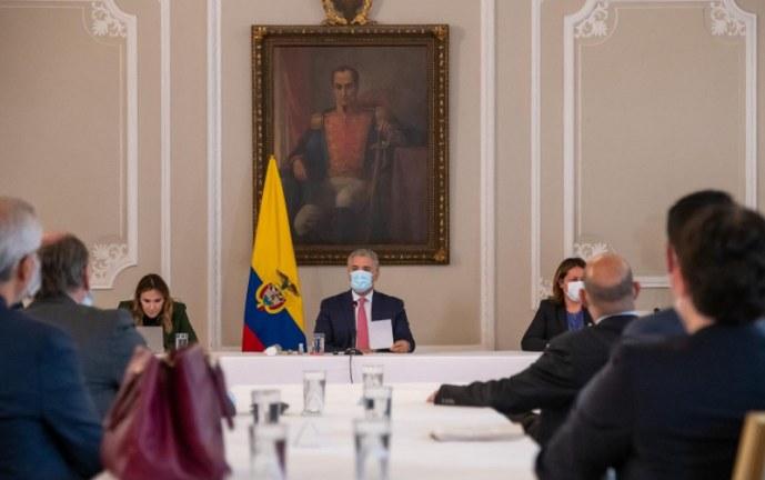Duque celebra que sector privado acelere contratación de jóvenes