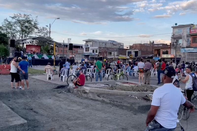 Con acto protocolario desbloquearon sector de la Simón Bolívar con carrera 39