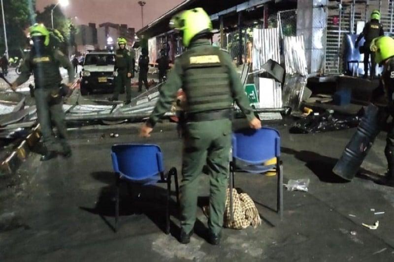 Operativo de la Policía despejó vía que comunica a Cali con Candelaria
