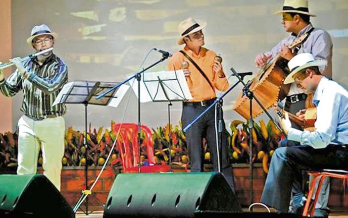 El Valle se lució en el gran Festival de Música Andina Mono Núñez