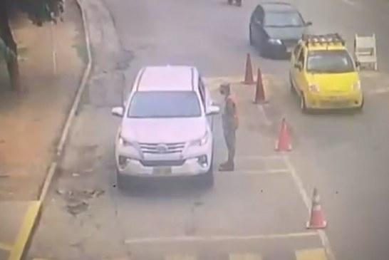 Revelan video del momento del ingreso de camioneta con explosivos a base de Cúcuta