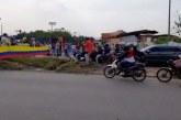 Se levantan barricadas en vías del municipio de Candelaria