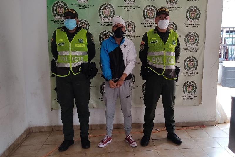 Robo en Palmira: hombre que se habría fugado agredió a una persona
