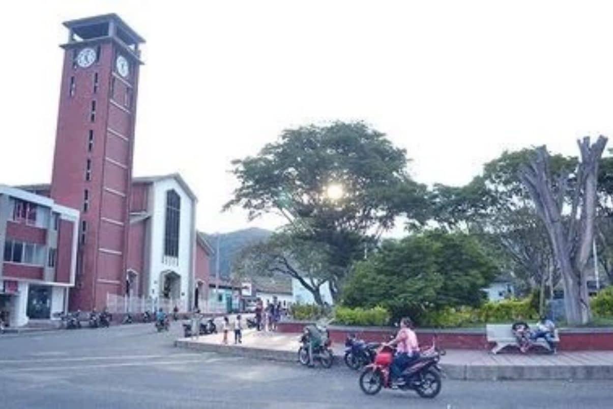 Con jornada descentralizada, oficina de pasaportes llega a Toro