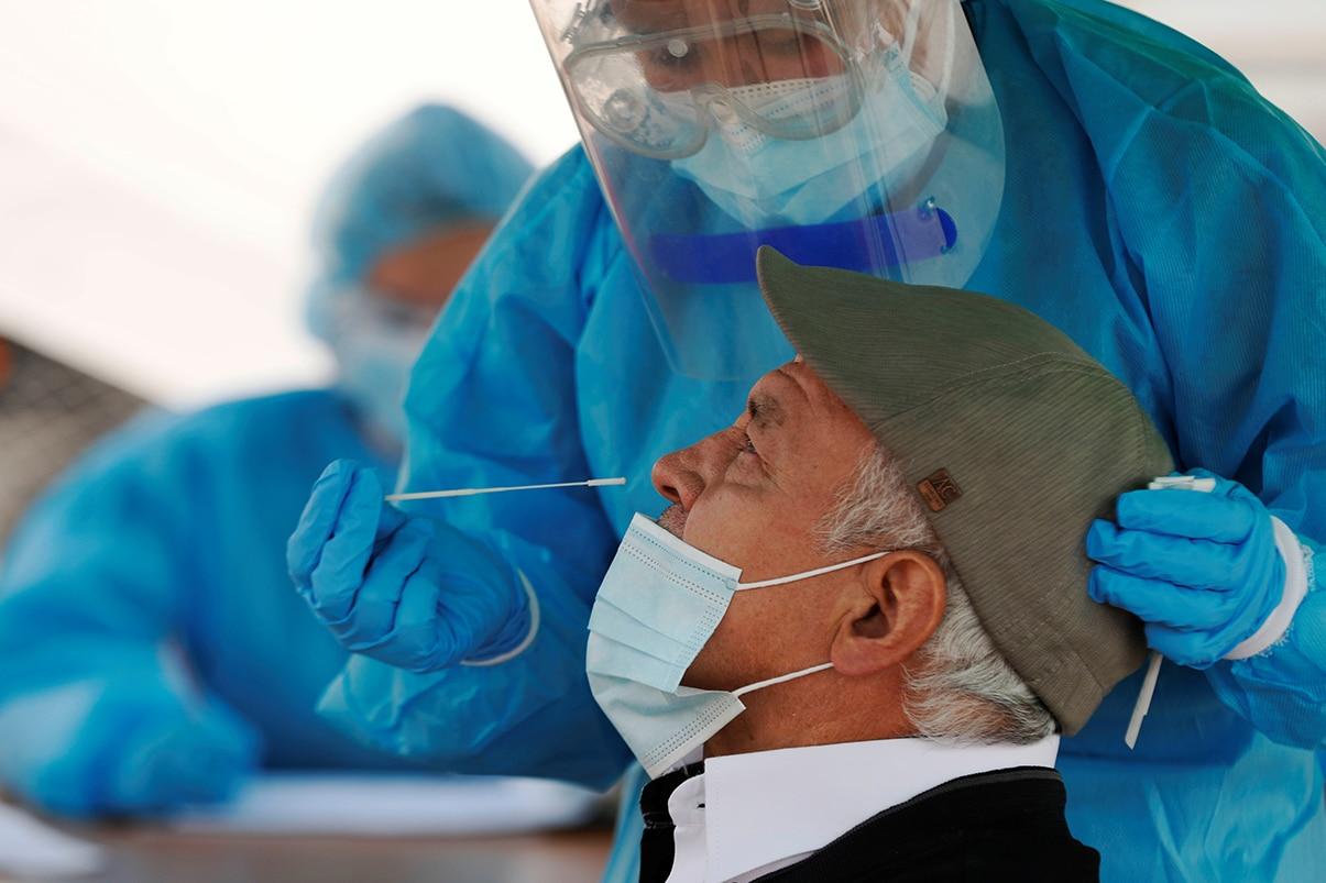 Colombia suma 11.426 casos nuevos y 300 fallecimientos por la covid-19