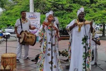 Comenzó el IV Festival Mundial de Ballenas y Cantaoras en el Valle