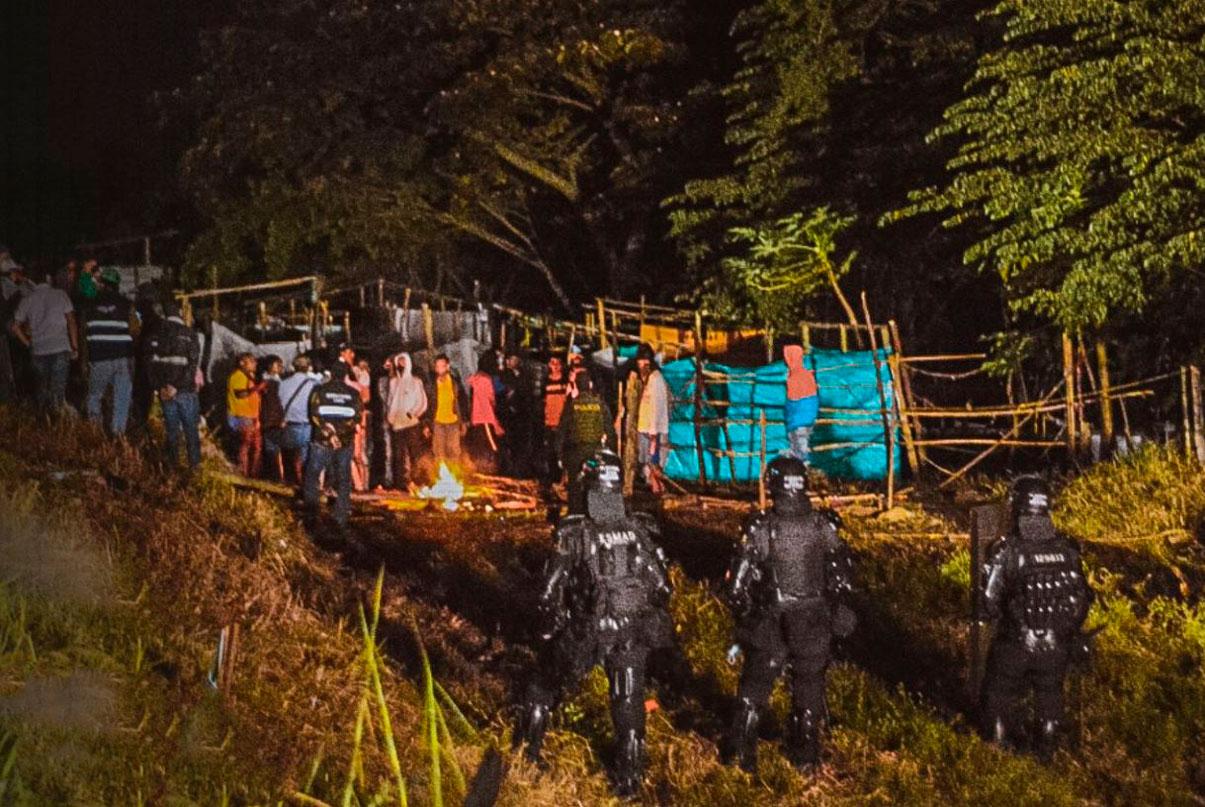 Vuelven los operativos de desalojo de invasiones en jarillón del río Cauca