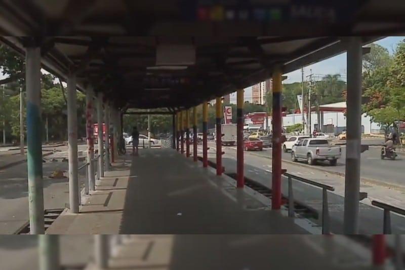 Manifestantes aseguran no haber entregado estación de Meléndez