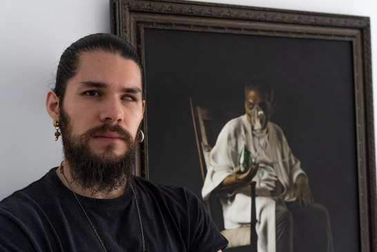"""""""Quiero incomodar a la sociedad"""": Sebastian Van Ghöndi, artista emergente"""