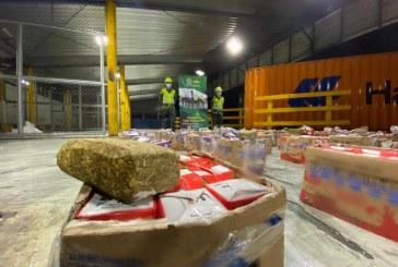 Caen 855 kilos de marihuana en cajas de leche en Buenaventura
