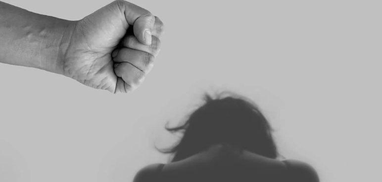 Reportan disminución del 58% en casos de feminicidio en Valle durante 2021