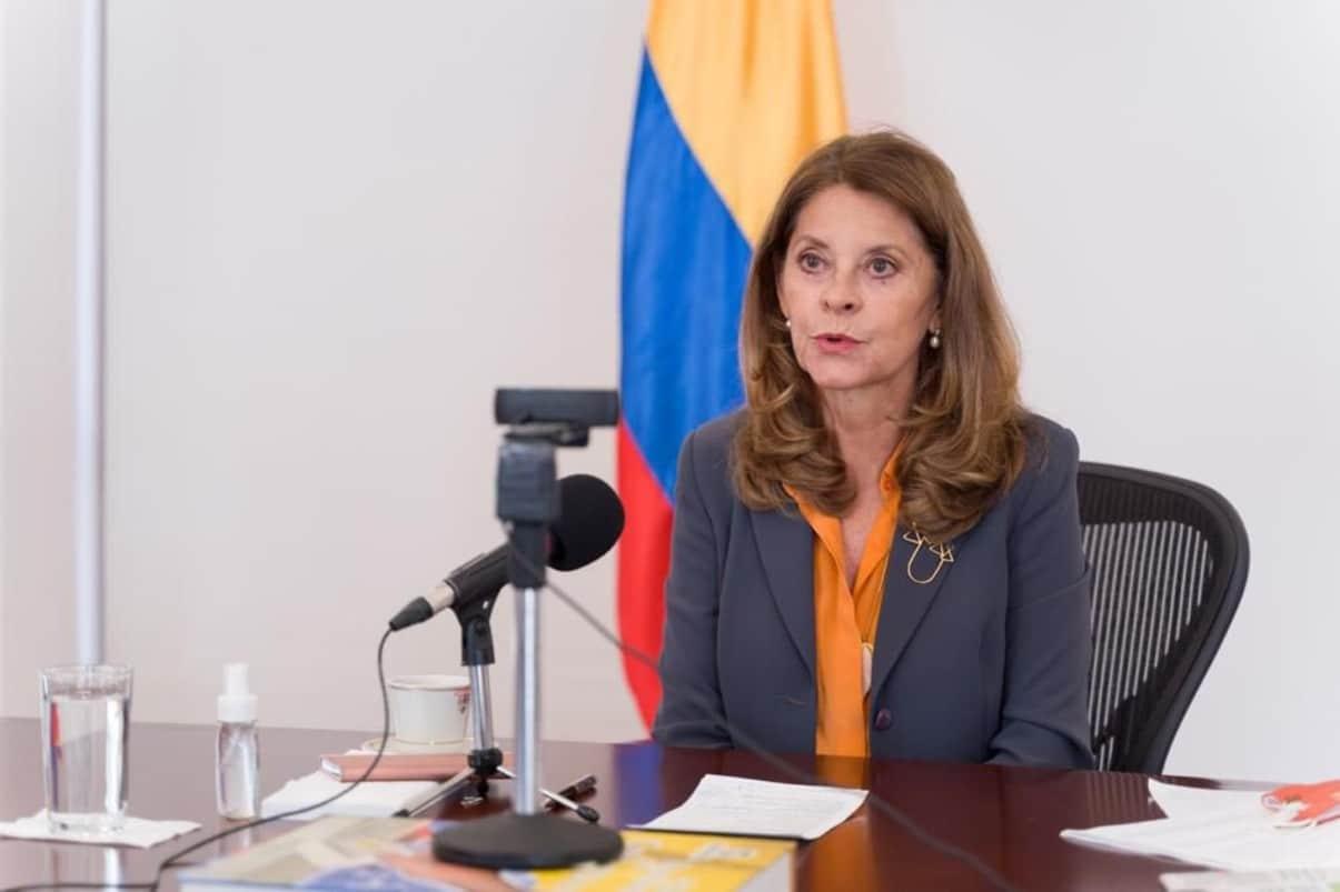 """""""Estados Unidos asumirá gastos de afganos refugiados en Colombia"""": Cancillería"""