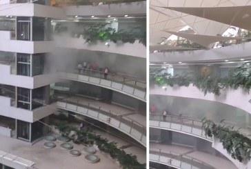 """Incendio al interior de un Centro Comercial de Cali ya """"está controlado"""""""