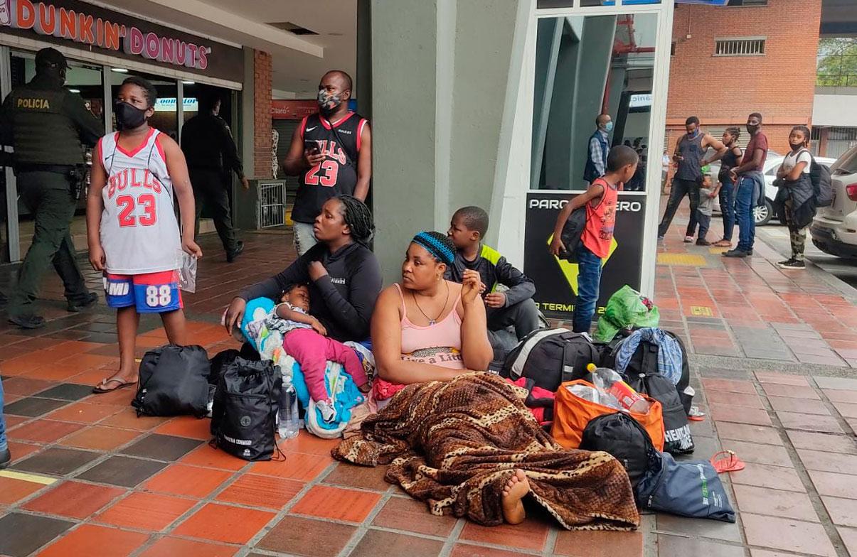 Panamá y Colombia pactan cruce de 650 migrantes diarios en la frontera
