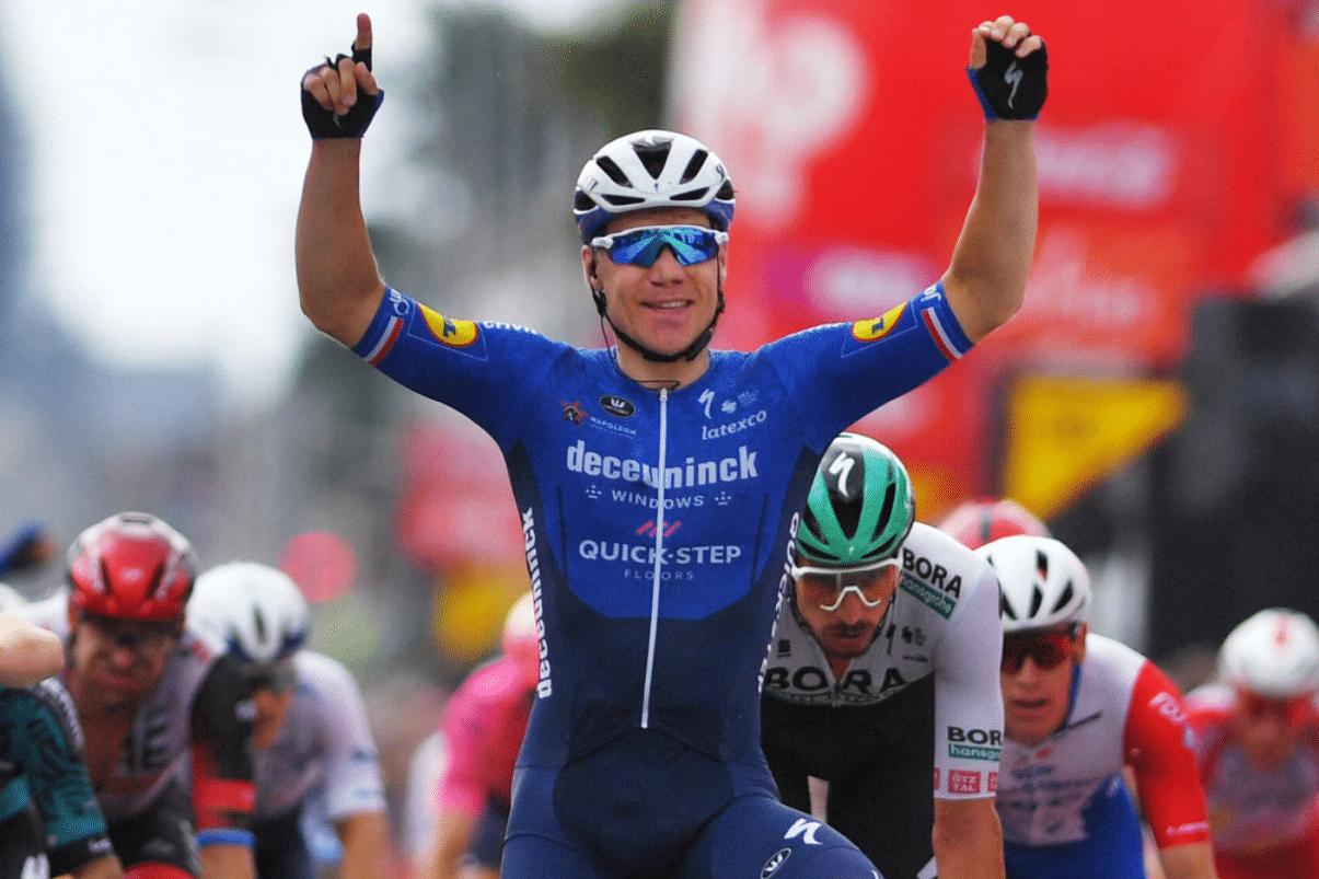 Vuelta a España: Gran victoria de Fabio Jakobsen en la etapa 4