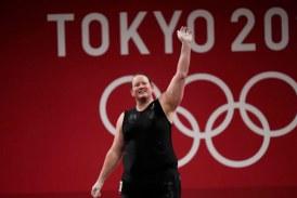 Termina participación en Olimpiada de Tokio primera pesista transgénero