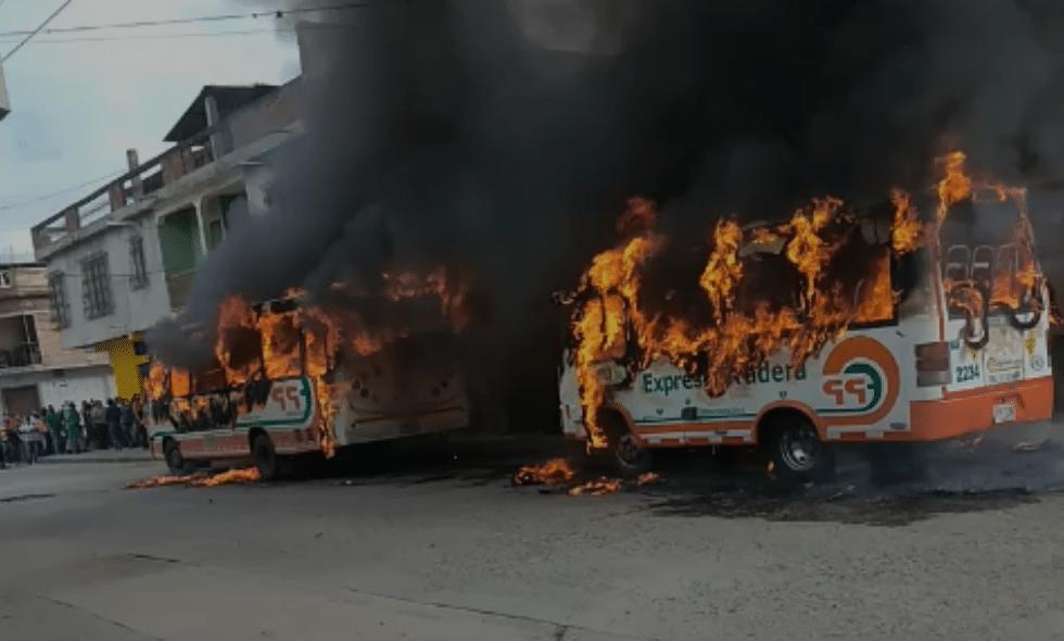 Dos autobuses intermunicipales incinerados en Florida, Valle