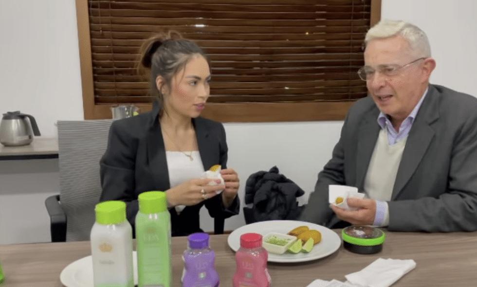 'Epa Colombia' entre lágrimas se defiende de los ataques tras reunirse con Uribe
