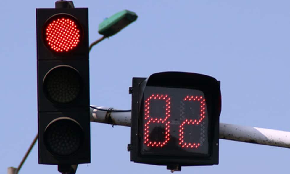En Cali se inicia la intervención de 12 nuevos cruces semafóricos