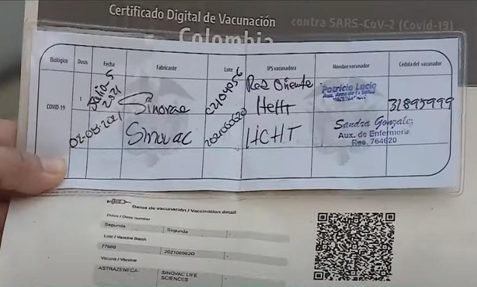 ¿Y ahora? A periodista en Cali le salió el carné digital con diferentes dosis de vacuna