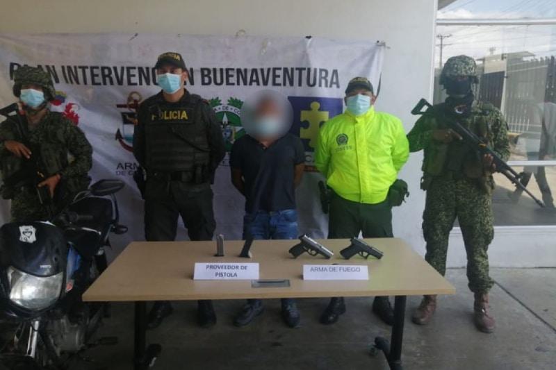 A prisión presunto integrante de la disidencia 'Jaime Martínez' de las Farc