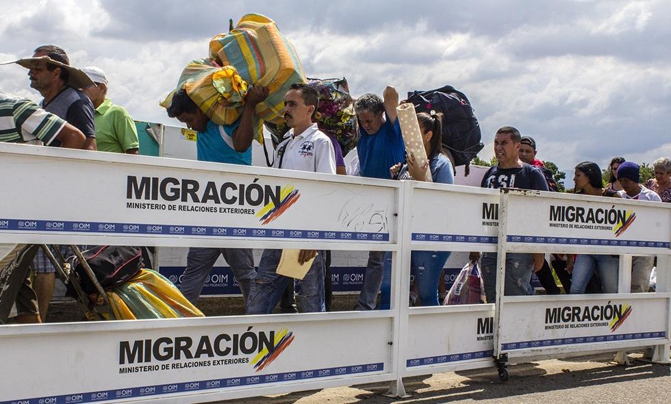 Venezuela y Colombia se reúnen para estudiar posible apertura de la frontera