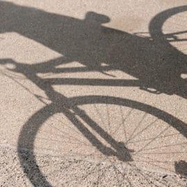 Asesinan a ciclista en Yumbo por robarle su bicicleta frente a su esposa