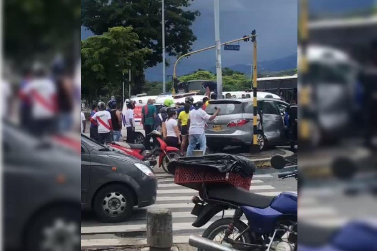 Sigue el martirio de empleados de La 14 por falta del pago de varias quincenas