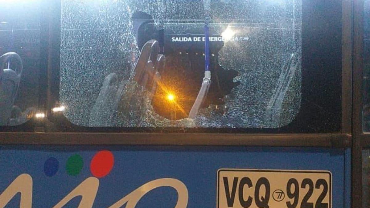 Alcalde de Cali dice que quien atenta contra un bus del Mío es delincuente