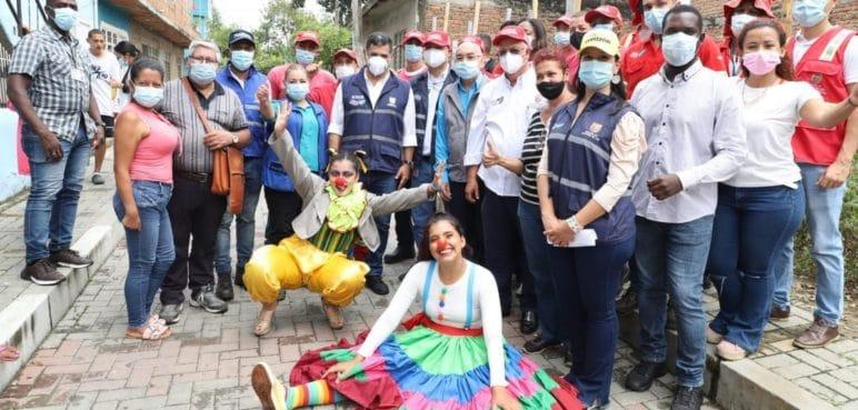 Alcaldía entregó calles de adoquines en barrios del oriente de Cali
