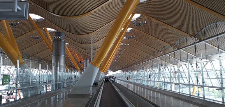 España permite acceso libre de personas a los aeropuertos desde el viernes