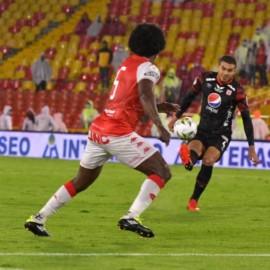 Santa Fe derrotó al América en Bogotá y se coronó campeón de la Superliga 2021