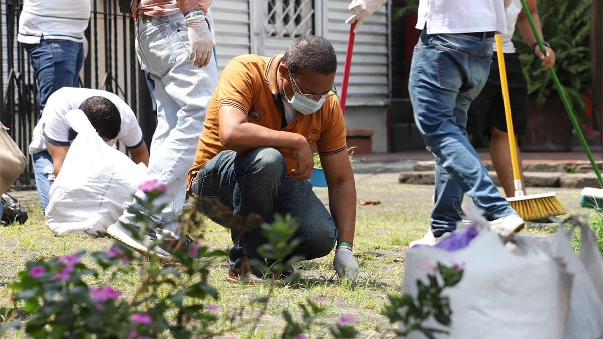 Vecinos y comerciantes de la Avenida Sexta lideraron jornada de embellecimiento